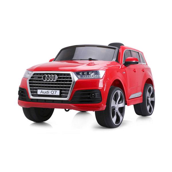 Електрическа кола Audi Q7